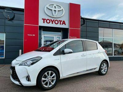 begagnad Toyota Yaris Hybrid 1,5 Elhybrid Executive Comfort+ Navi
