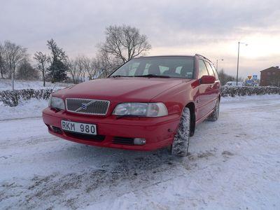 begagnad Volvo V70 V702.4 140hk kombi 2000