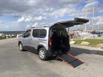begagnad Peugeot Rifter Golvsänkt Rullstolsbil -19