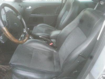 gebraucht Ford Mondeo 2.0 Ghia Kombi Nybes .u.a -05