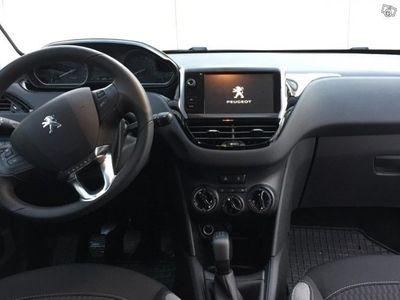 gebraucht Peugeot 208 1,2 VTI nyskick -15