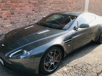 begagnad Aston Martin V8 Vantage4,3L 385HK