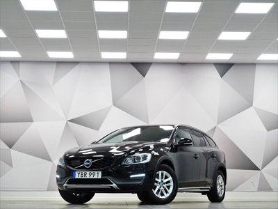 begagnad Volvo V60 CC D4 AWD Momentum Drag