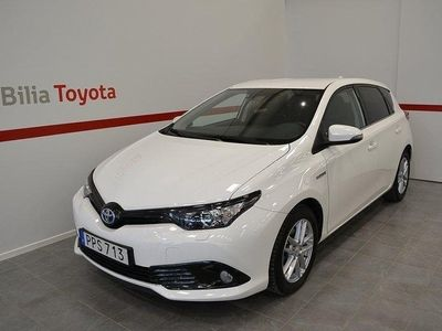 begagnad Toyota Auris Hybrid 1.8 VVT-i Touch and Go Ed