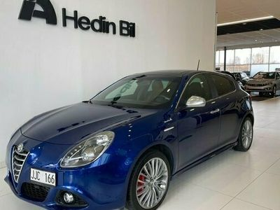 begagnad Alfa Romeo Giulietta 1.4 Aut Sportiva Dragkrok G 2014, Kombi Pris 149 900 kr