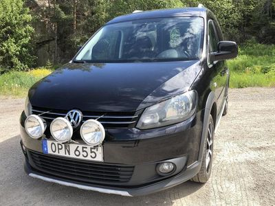 begagnad VW Caddy 2.0 TDI Cross Skåp 4-motion, Cross