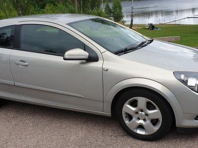 begagnad Opel Astra GTC 1.8 125hk Låga 15761 mil