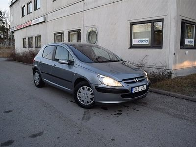 begagnad Peugeot 307 CC XS 2,0 (136hk) Svensksåld A