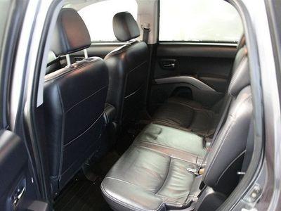 begagnad Citroën C-Crosser 2.2 HDi (156hk)