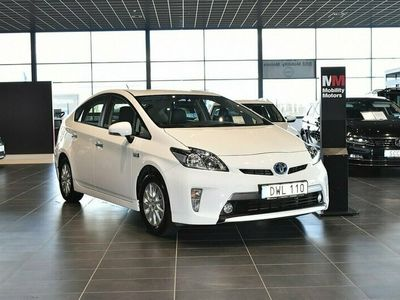 begagnad Toyota Prius Plug-in Hybrid 1.8 VVT-i + 3JM Plug-in CVT 136hk