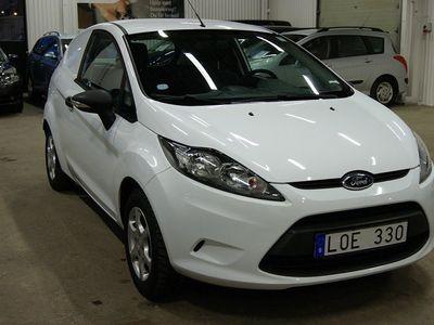 begagnad Ford Fiesta Van 1.4 TDCi / 9010 mil / Drag / -11