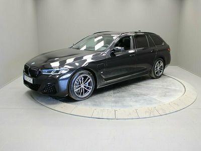 begagnad BMW 530 e xDrive Touring/ M Sport/ Innovation/ Dragkrok