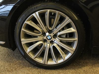 begagnad BMW 730 d xDrive Sedan (265hk)