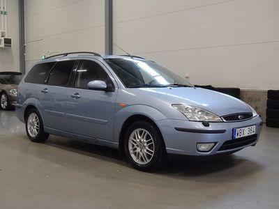 begagnad Ford Focus Kombi 1.6 100HK Ghia Kamrem bytt