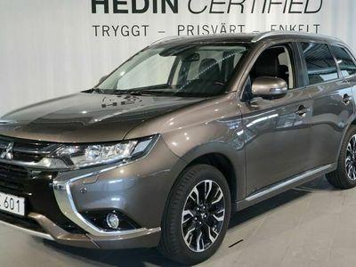 begagnad Mitsubishi Outlander P - HEV 2.0 BUSINESS 4WD CVT, 203hk Taklucka SoV - hjul