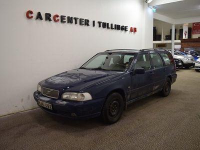 begagnad Volvo V70 2.4 GLT 170hk Drag Besiktgad AC -99