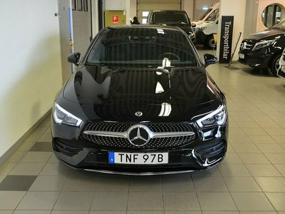 begagnad Mercedes CLA220 4M 220/4Matic/Apple Car Play/Navigation/Burmester/AMG Line/Prem