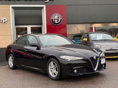 begagnad Alfa Romeo Giulia 2.2 JTDM 150hk RWD