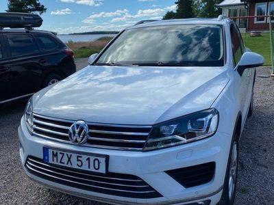 begagnad VW Touareg 4-motion, panorama, chrome edt