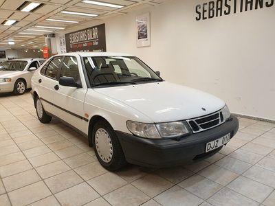 begagnad Saab 900 5-dörrar 2.3 Automat 150hk (9700mil)
