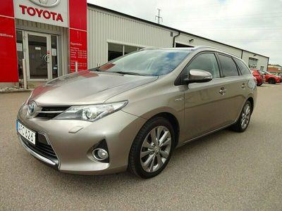 begagnad Toyota Auris Touring Sports Hybrid 1.8 VVT-i + 3JM CVT 136hk