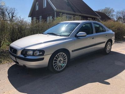 begagnad Volvo S60 2.4 T -02