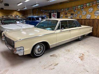 begagnad Chrysler New Yorker 4-dörrars Hardtop 6.8 V8