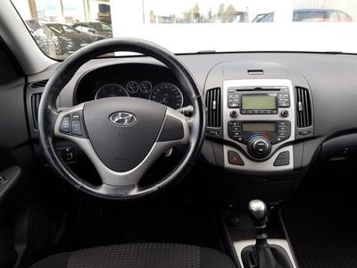 begagnad Hyundai i30 1.6 CRDI/E-S