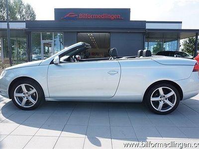 begagnad VW Eos 2.0 FSI Cabriolet 150hk Exclusive Skinn