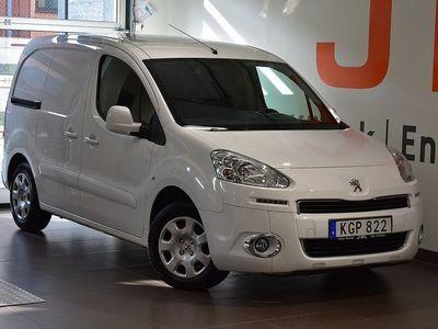 begagnad Peugeot Partner Skåpbil Pro 1,6 HDi 90hk Aut L1 3-Sits - DRAGKROK