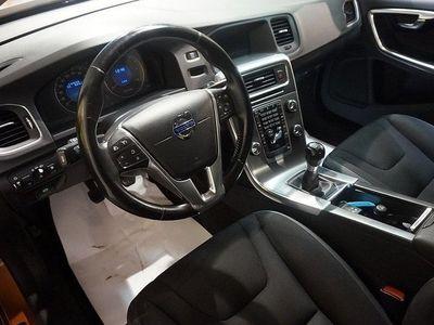 begagnad Volvo S60 D5 Momentum Isofix Diesel-v (205hk)