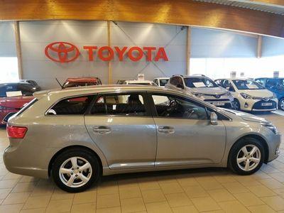 begagnad Toyota Avensis Kombi 1.8 BUSINESS/ S&V-hjul