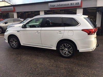 begagnad Mitsubishi Outlander P-HEV Business Nav Saefty