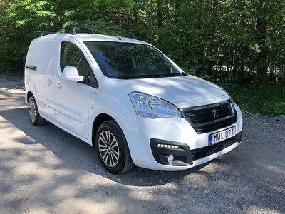 begagnad Peugeot Partner Skåpbil 1.6 BlueHDi EGS Euro 6 99hk