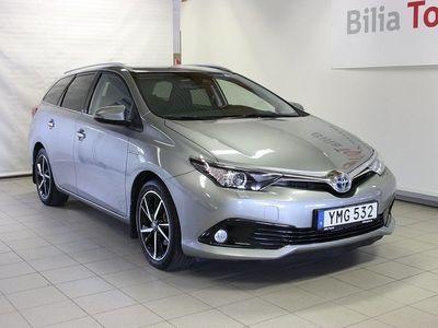 begagnad Toyota Auris Touring Sports Hybrid 1.8 VVT-i + 3JM CVT Euro 6 136hk