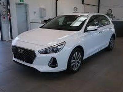 begagnad Hyundai i30 Kombi 1.4 T-GDi Trend