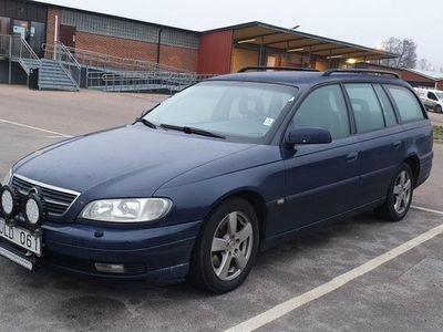 begagnad Opel Omega B 2,2