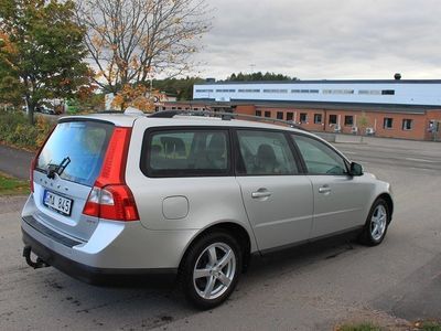 begagnad Volvo V70 2.5 FT AFV Bi-Fuel Kinetic 231hk