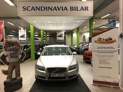 begagnad Volvo S80 2.5T AUTO Kinetic LÅG MIL 200hk