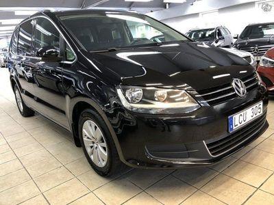 begagnad VW Sharan 2.0 (140hk) Blue 7-sits Aut*1,99%*