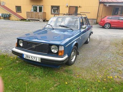 used Volvo 240 -1977
