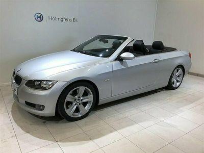 """begagnad BMW 325 Cabriolet i Sportpaket Lm Fälg 18"""" Automat M-Sportfjädring"""