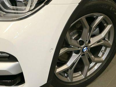 begagnad BMW X3 xDrive20d xLine Drag WInter HiFi Parking assistant