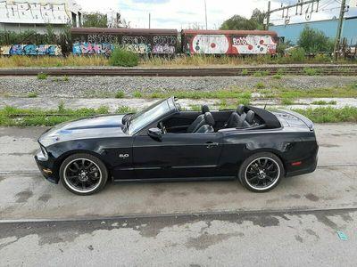 begagnad Ford Mustang GT GT Convertible 5.0 V8 421hk