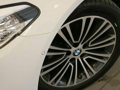 begagnad BMW 520 d xDrive Touring Sport line Drag Värmare HiFi