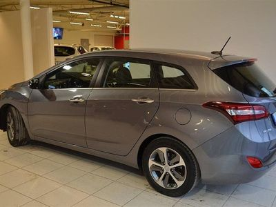 begagnad Hyundai i30 Ki 1.6 CRDi 136 ISG M6 Premium 2015, Kombi
