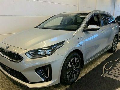 begagnad Kia cee'd Cee´dSW 1.6 DCT Plug-In Hybrid Advance 2021, Halvkombi Pris 341 900 kr