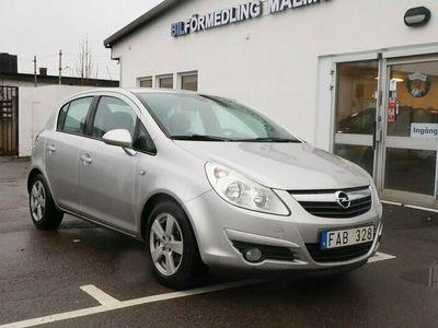 begagnad Opel Corsa 5-dörrar 1.4 90hk 976 kr/Årskatt