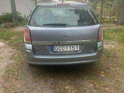 begagnad Opel Astra Caravan 1.6