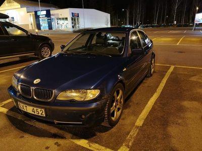 begagnad BMW 330 e46 i